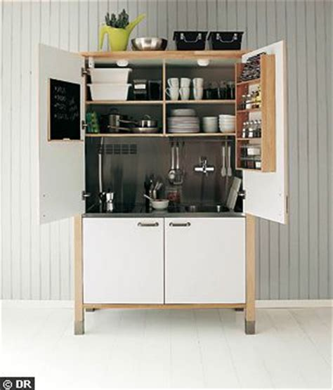 cuisine dans placard kitchenette toute mimi c 244 t 233 maison