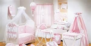 les 57 meilleures images a propos de chambre de princesse With chambre bébé design avec couronne de vraies fleurs