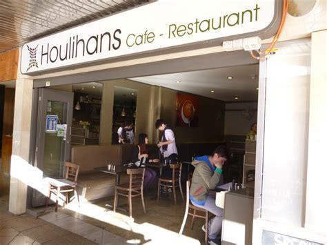 Houlihans Cafe - Sydney