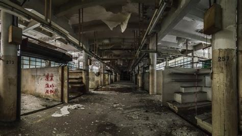 Exploring Hong Kong's derelict and abandoned history - BBC ...