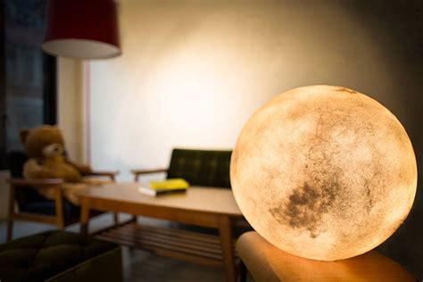 moon lanterns luna l brings the moon into your room bored panda