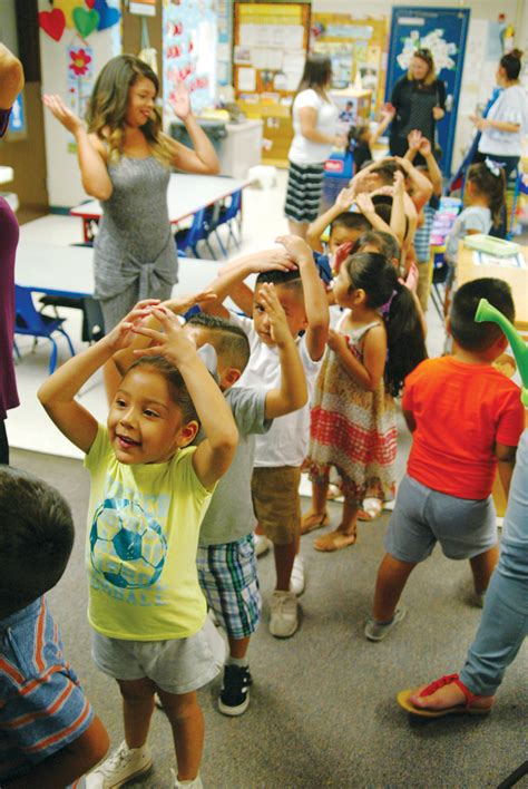 lindsay unified offers free pre kindergarten for all the 856   re Front Preschool tall
