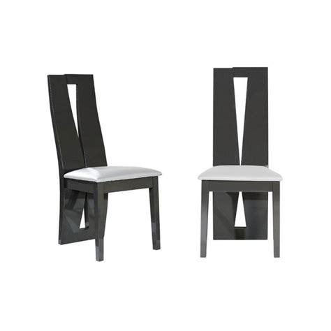 chaise blanche et grise chaise grise salle a manger le monde de léa