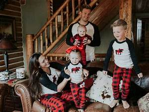 plaid family pajamas the ultimate shopping guide with With the best short time holiday family pictures ideas