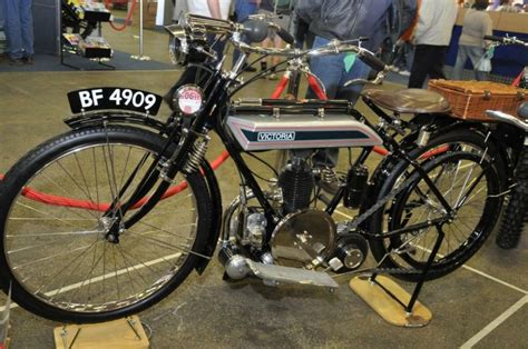 victoria classic motorcycle pictures