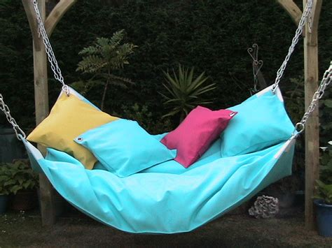 Diy Fatboy Bean Bag Chair by Cool Indoor Hammock Le Beanock Digsdigs
