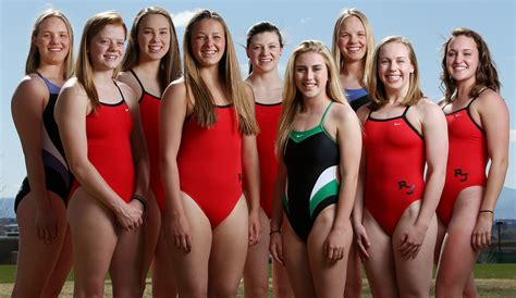 girls swim team women