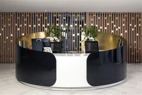 bureau des avocats banque d 39 accueil en solid surface v korr cabinet d 39 avocats