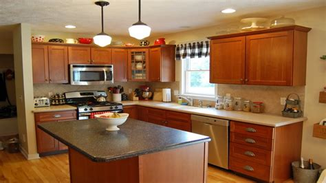 paint colors for kitchens with golden oak cabinets kitchen paint colors with golden oak cabinets