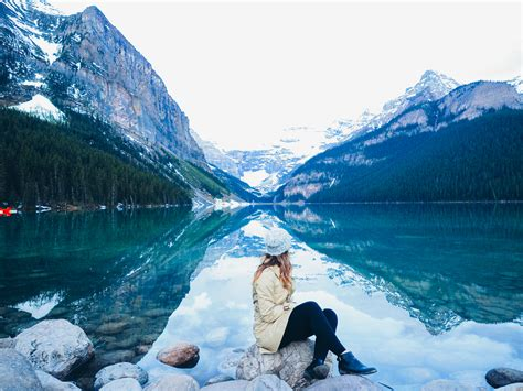 8 Tips For Visiting Lake Louise Canada
