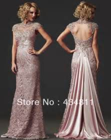 Elegant Sheer High Colla Beaded/Crystal Lace 2014 Light Pink Evening Dresses Hole Back Design Prom Gowns