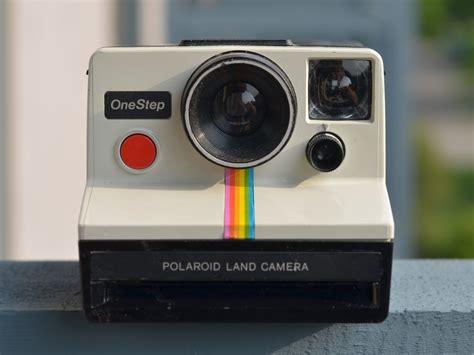 polaroid rainbow white onestep camera review