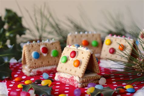 easy christmas food crafts easy recipe how to make cookie houses