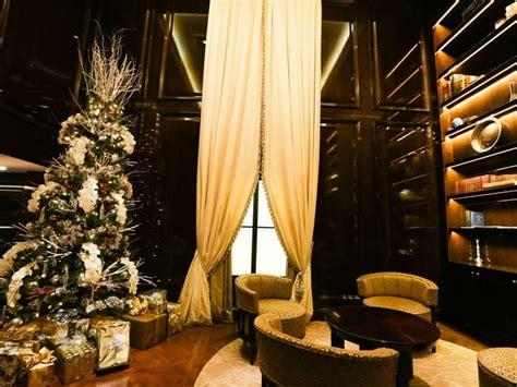 photo  hotels dress    holidays