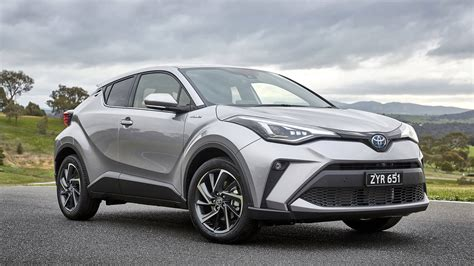 Toyota shīeichiāru) is a subcompact crossover suv produced by toyota. Hybrid Powertrain Headlines Upgrade for Toyota C-HR ...