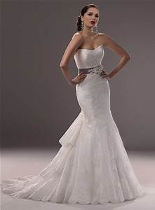 mermaid strapless scoop neck lace wedding dress tiered With tiered lace wedding dress
