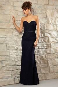 Robe Pour Mariage Chic : robe longue bleu nuit pour mariage en dentelle chic coupe ~ Preciouscoupons.com Idées de Décoration