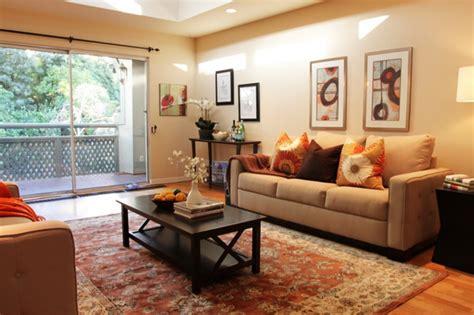 wohnzimmer gemuetlich dekorieren