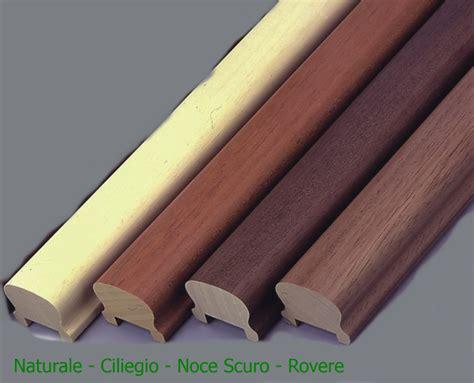 corrimano in legno per scale corrimano 4 4x6 0x300 cm per scala in legno massello