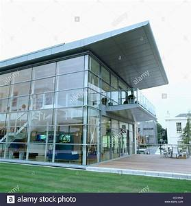 Cantilevered roof on modern glass and steel office ...