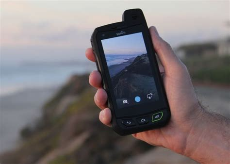 Sonim Xp7 Is A Rugged Android Smartphone (video