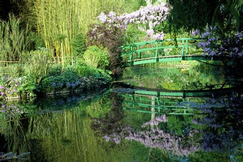 monet s painterly water garden in giverny february 2014