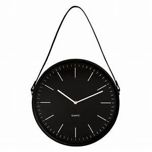 Horloge En Metal : horloge suspendre en m tal noir maisons du monde ~ Teatrodelosmanantiales.com Idées de Décoration