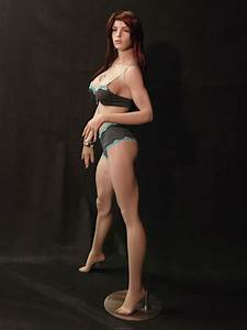 Plus size mannequins that look Sexy, Not Dowdy