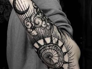 Tatouage Demi Bras Homme : tatouage nuage magique ~ Melissatoandfro.com Idées de Décoration