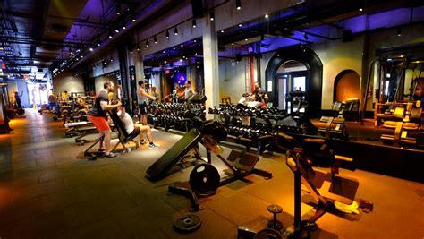 david barton gym  fire  stiffing prepaid members