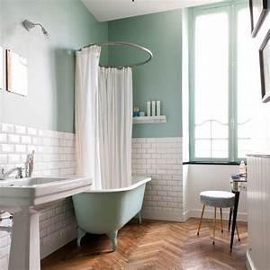 Carrelage Vert D Eau : tendance le vert menthe raffraichit notre d co salle de bain et toilettes salle de bain ~ Melissatoandfro.com Idées de Décoration