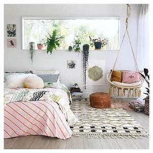 Pflanzen Im Schlafzimmer : schlafzimmer mit pflanzen und h ngesessel im boho look schlafzimmer deko pinterest ~ Indierocktalk.com Haus und Dekorationen