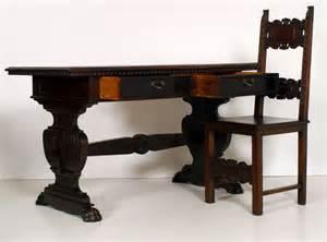 Tavolo scrittoio scrivania con sedia fratino rinascimento