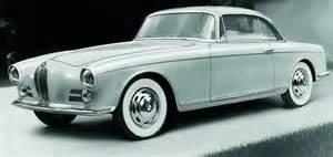 Une voiture de prestige des années 50, la BMW 503 ...