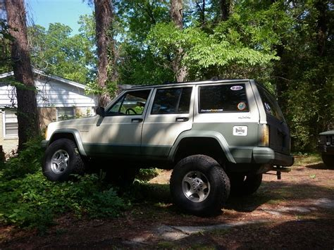tan jeep lifted 29 best images about jeep cherokee xj inspiration on