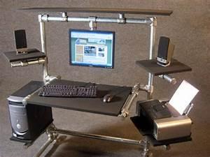 Gaming Schreibtisch Selber Bauen : die besten 25 gaming schreibtisch ideen auf pinterest gaming schreibtisch gaming computer ~ Markanthonyermac.com Haus und Dekorationen
