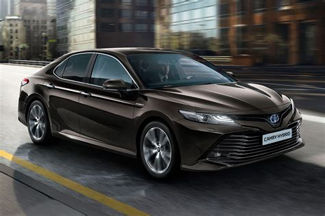 Toyota Camry To Return To Uk In 2019 As Avensis Is Axed
