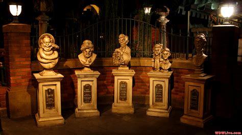 Disney's Haunted Mansion Wallpaper