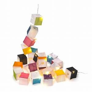 Guirlande Lumineuse Papier : guirlande lumineuse cubes en papier multicolore cubiste ts ts decoclico ~ Teatrodelosmanantiales.com Idées de Décoration