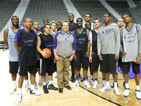 eric stonestreet football team 198 best kansas state university images on pinterest
