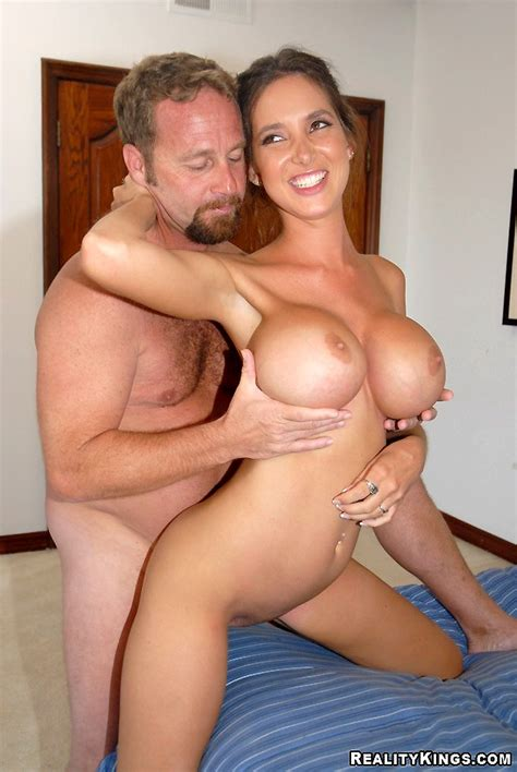 12 Pics And 1 Movie Of Nikole From milf hunter Pichunter