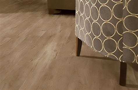 Vinyl Tiles vs Homogeneous Tiles   Vinyl Flooring Tiles