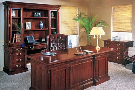 Office Desk With Credenza by Desks And Credenzas Officemakers