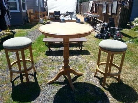 Yard Furniture Sale by Yard Sale Pub Table And Stools Makeover Hometalk