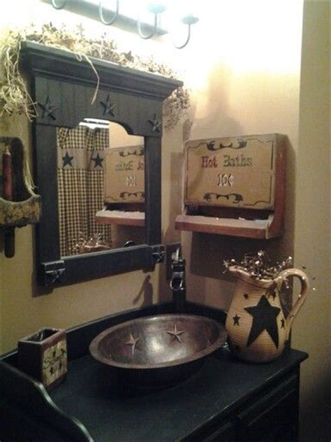 Primitive Decorated Bathroom Pictures by Best 20 Primitive Bathroom Decor Ideas On