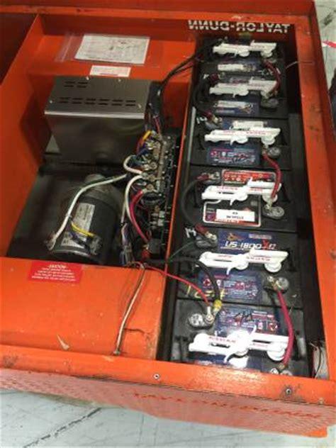 dunn 36 volt flatbed cart used dunn call 866 330 0260