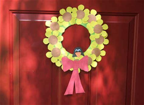 sunflower wreath fun family crafts