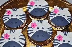 Zebra Cupcake Toppers - CakeCentral com
