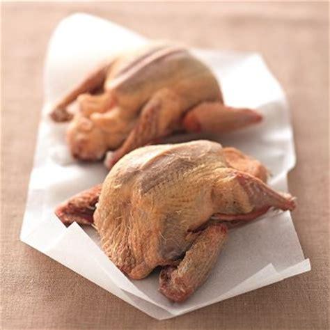cuisiner pigeon recette de pigeon pour noël cuisine et vins de