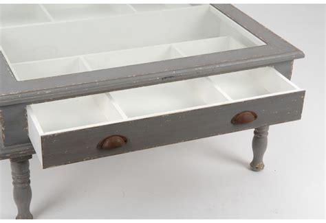 table basse avec tiroir table basse grise vieillie vitrine avec 1 tiroir amadeus amadeus 16063